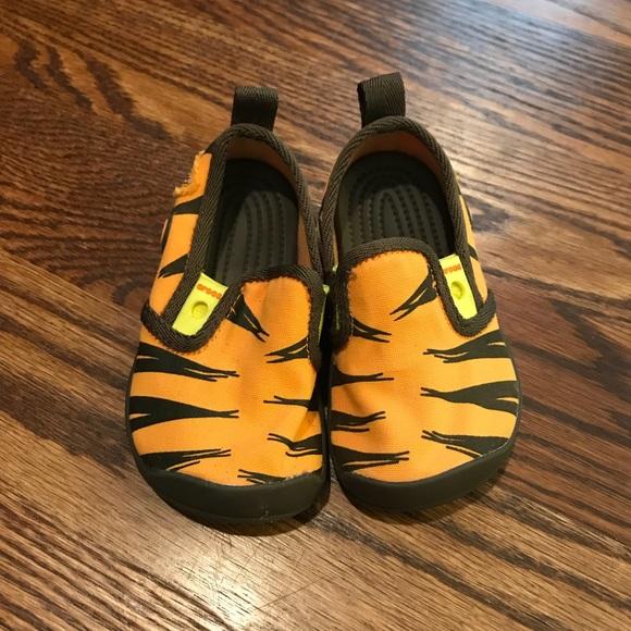 CROCS Shoes | Retired Disney Winnie The